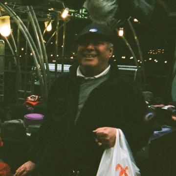 David, 62, London, United Kingdom
