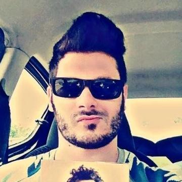 Domenico, 31, Crotone, Italy