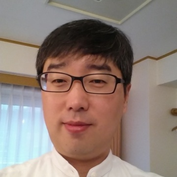 H. Kim, 40, Seoul, South Korea