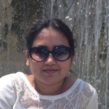 Piya, 32, Hyderabad, India