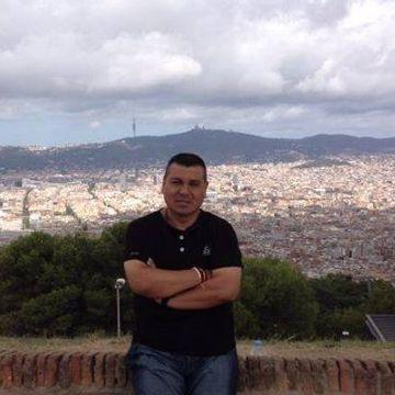 Jesús Zaragoza, 41, Barcelona, Spain