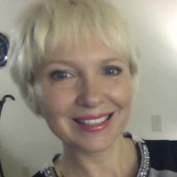 Elena, 43, Harrisonburg, United States