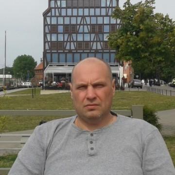 Oleg Ivanov, 41, Klaipeda, Lithuania