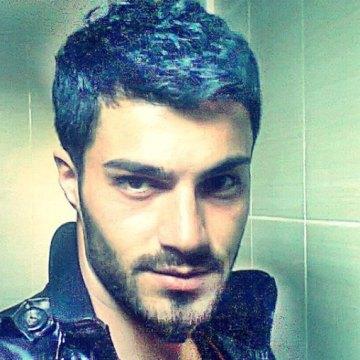 Yasin Kemal, 27, Istanbul, Turkey