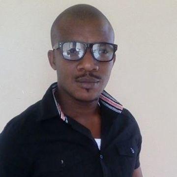Onuabuchi, 34, Dakar, Senegal