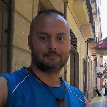 Gabriel Rodriguez Ceñera, 37, Alicante, Spain