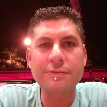 Serkan Zerenturk, 34, Istanbul, Turkey
