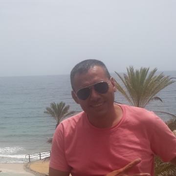 Isaac Díaz Mesa, 41, Madrid, Spain