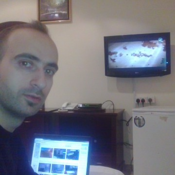Mohamad, 30, Khobar, Saudi Arabia