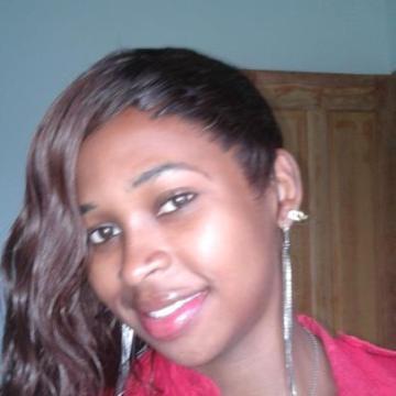 eyenga, 24, Yaounde, Cameroon