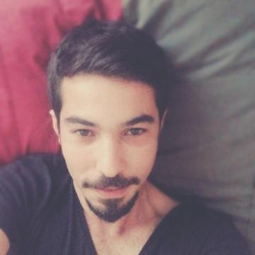 türkay , 29, Istanbul, Turkey