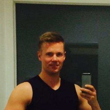 Thomas, 30, Copenhagen, Denmark