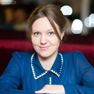 Alexandra, 23, Moldovita, Romania