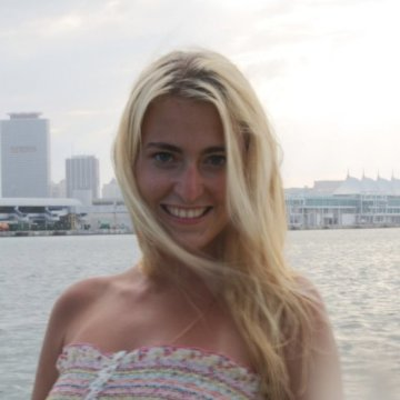 Yana Vera, 27, Miami Beach, United States