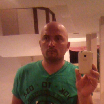 Christian Pelliza, 41, Villa Carlos Paz, Argentina