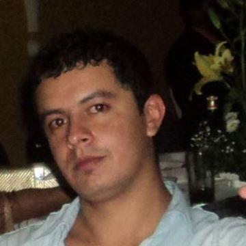 Esaul Hdez, 29, Guadalajara, Mexico