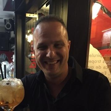 Arturo, 39, Elche, Spain