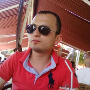 Serkan Çakır, 29, Istanbul, Turkey