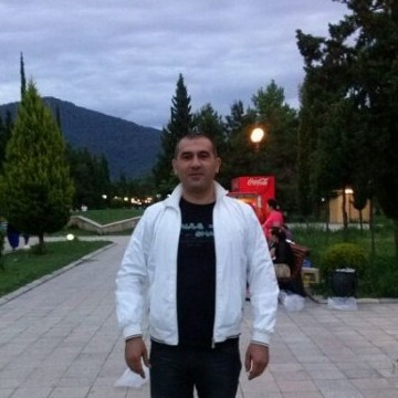 игорь, 42, Baku, Azerbaijan