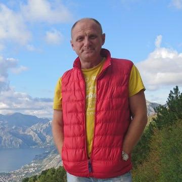 Oleg Lantsov, 48, Tula, Russia