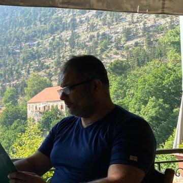 Ayman Halawi, 39, Beyrouth, Lebanon