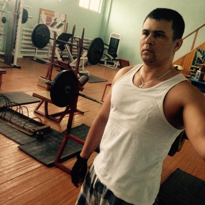 Viktor, 42, Omsk, Russian Federation