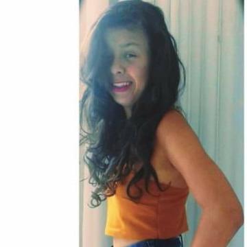Natália, 22, Montanha, Brazil