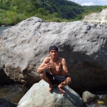 Ken'Ken Ores Cabilogan, 21, Davao City, Philippines