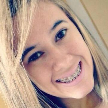 Bruna Lays, 26, Recife, Brazil