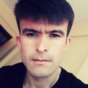 Methun Reimov, 28, Istanbul, Turkey