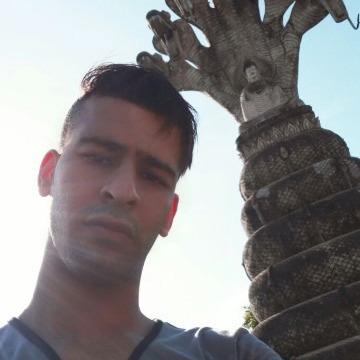 Nascosta, 30, Muscat, Oman