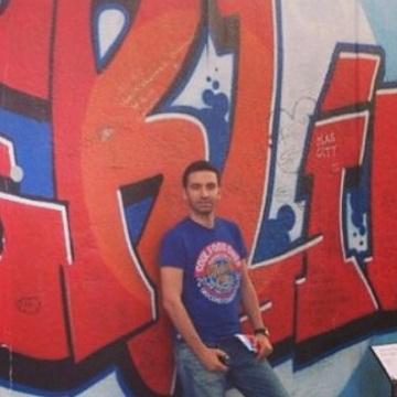 Ysf, 29, Ankara, Turkey