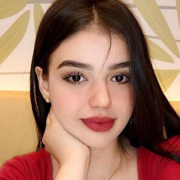 Emilie, 23, Dubai, United Arab Emirates