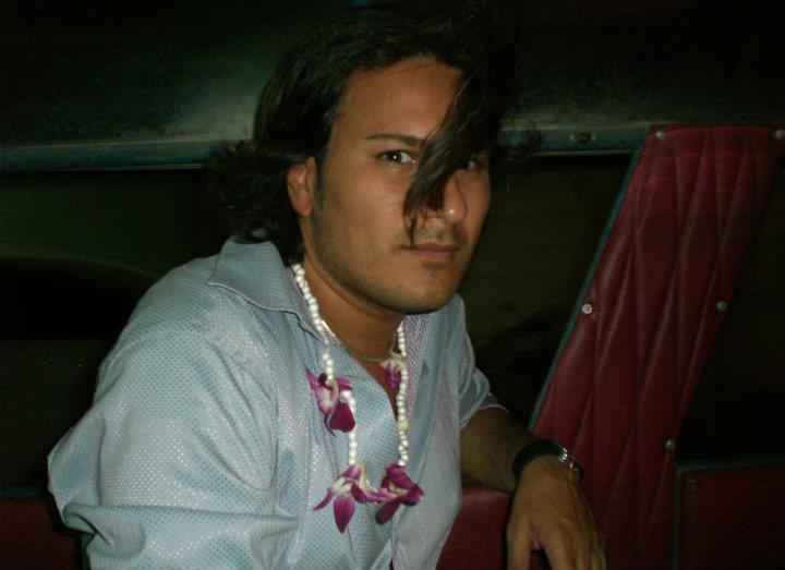 Vinny, 43, Naples, Italy