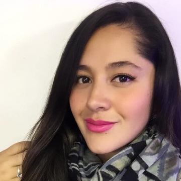 Geraldine, 27, Bogota, Colombia