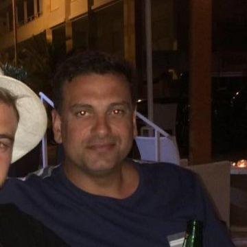 Jim, 42, Melbourne, Australia