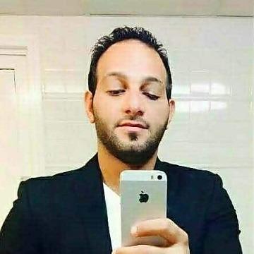 Moe, 31, Dubai, United Arab Emirates
