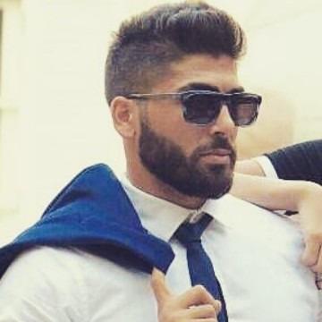 Omar, 30, Beyrouth, Lebanon