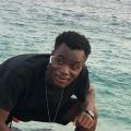Clumson, 22, Lome, Togo