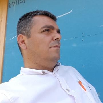 Deniz Bursa, 34, Bursa, Turkey