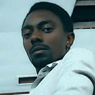 Katusiime andrew, 27, Kampala, Uganda