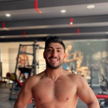 Esat Suğurlu, 27, Istanbul, Turkey