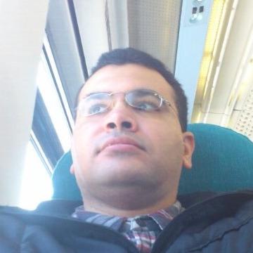 mohsau, 42, Manama, Bahrain