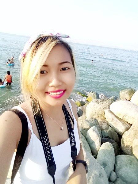 Amy Villanueva, 24, Quezon, Philippines