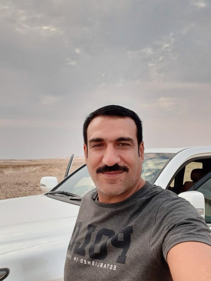 N.M, 42, Doha, Qatar