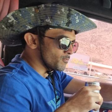 rashid, 31, Muscat, Oman