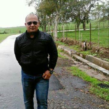Eko Pratama ZW, 34, Jakarta, Indonesia