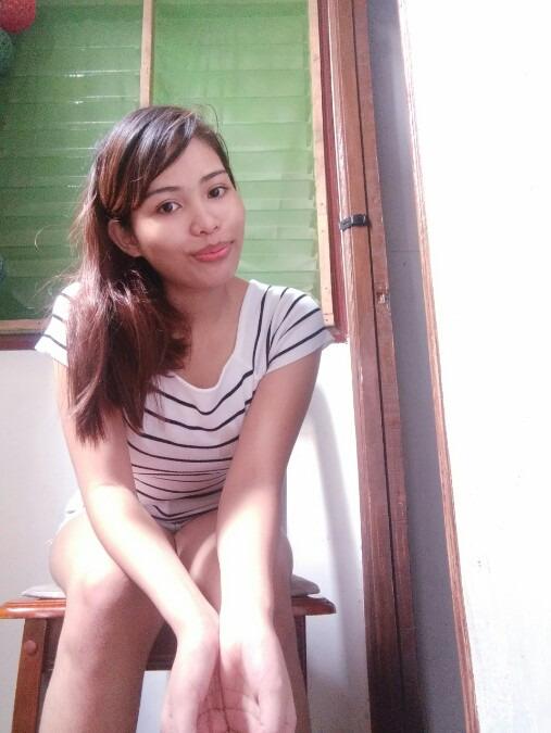 Jhing, 19, Manila, Philippines