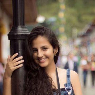 Laura Jiménez, 22, Armenia, Colombia