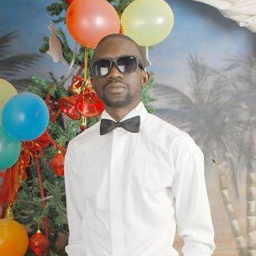 kenneth, 31, Kampala, Uganda